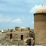 تحلیل و بررسی مقبره پیر علمدار به همراه پلان و تصاویر